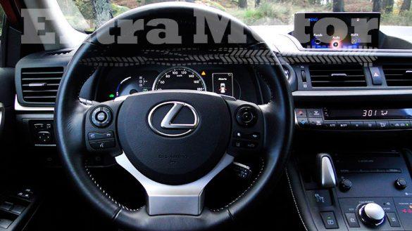 Prueba Lexus CT 200h, volante