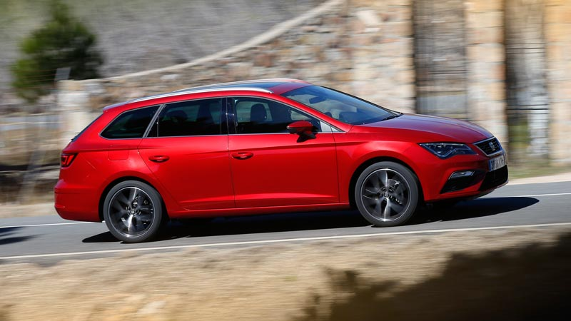Seat Gama TGI 73 HQ en color rojo
