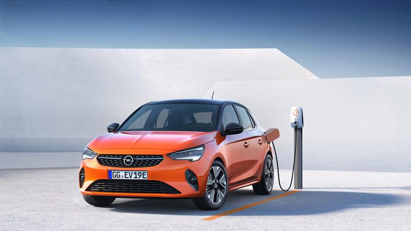 Opel Corsa E naranja